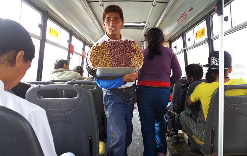 EXPOSICIÓN FOTOGRÁFICA: CONDUCTAS Y ACTITUDES URBANAS DE LIMA NORTE. DEL 10 AL  21 DE JUNIO